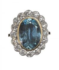 18CT GOLD AQUAMARINE AND DIAMOND CLUSTER RING at Ross's Auctions