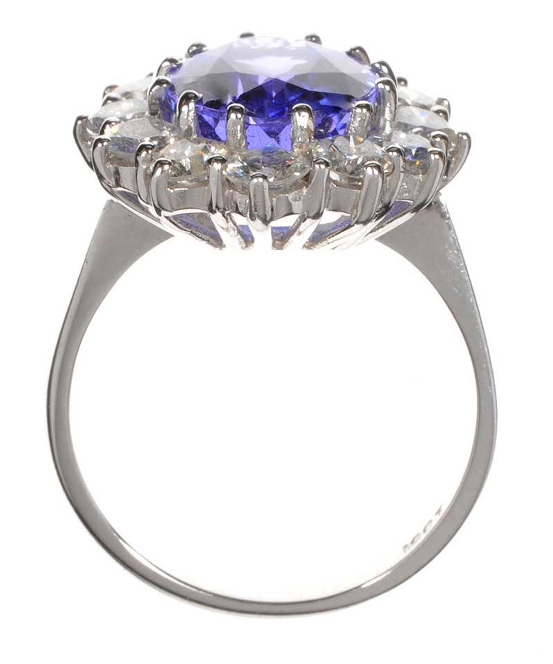 Champagne Tanzanite Tanzanite: 18CT WHITE GOLD TANZANITE AND DIAMOND CLUSTER RING