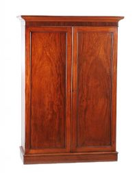 GEORGIAN MAHOGANY WARDROBE at Ross's Auctions