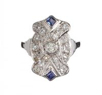 ART DECO 18CT WHITE GOLD DIAMOND AND SAPPHIRE TABLET CLUSTER RING at Ross's Auctions