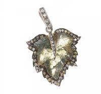 GOLD LEAF PENDANT SET WITH MOSS AGATE AND DIAMONDS at Ross's Auctions