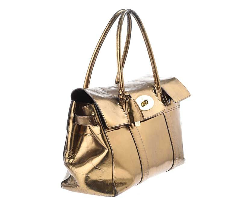 ... MULBERRY GOLD MIRROR METALLIC LEATHER BAYSWATER BAG at Ross s Online  Art Auctions ... e01c5137a3075