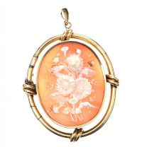 GOLD-TONE CAMEO PENDANT at Ross's Jewellery Auctions