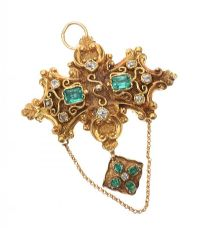 18CT GOLD EMERALD AND DIAMOND BROOCH/PENDANT at Ross's Jewellery Auctions