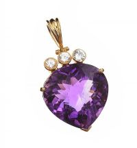 18CT GOLD AMETHYST AND WHITE SAPPHIRE PENDANT at Ross's Jewellery Auctions