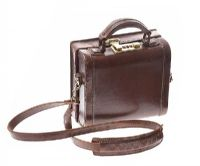 BARNSBURY VINTAGE BAG at Ross's Jewellery Auctions
