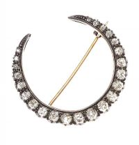 VICTORIAN CRESCENT-SHAPED DIAMOND BROOCH at Ross's Auctions