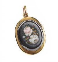 ANTIQUE 9CT GOLD BLACK ONYX LOCKET at Ross's Jewellery Auctions