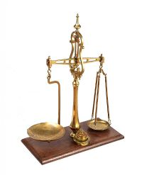 VICTORIAN BRASS SCALES at Ross's Auctions