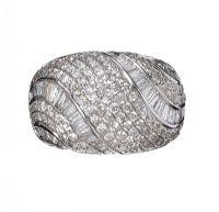 18CT WHITE GOLD BOMBE RING at Ross's Auctions