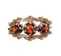 9CT GOLD GARNET DRESS RING at Ross's Jewellery Auctions