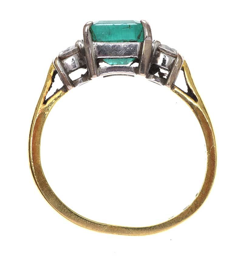18CT GOLD EMERALD AND DIAMOND RING at Ross's Online Art Auctions