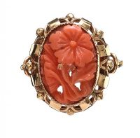 9CT GOLD CORAL RING at Ross's Jewellery Auctions