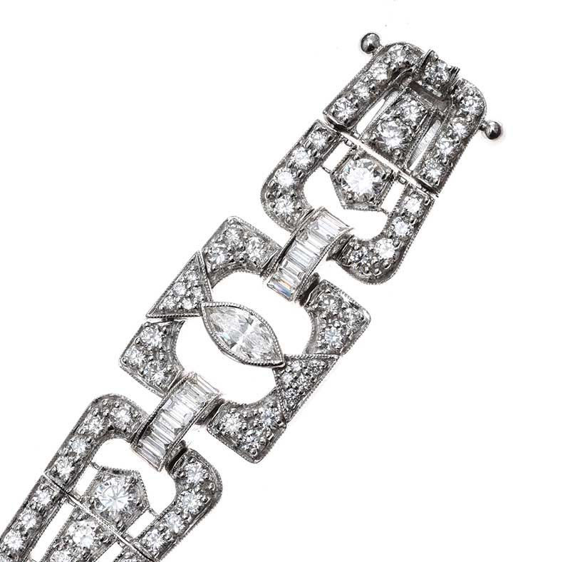 18CT WHITE GOLD DIAMOND BRACELET IN THE STYLE OF ART DECO at Ross's Online Art Auctions