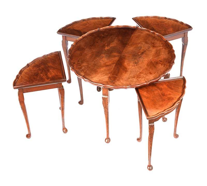 CIRCULAR NEST OF TABLES at Ross's Online Art Auctions