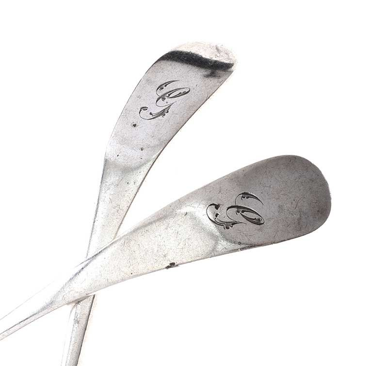 PAIR OF SILVER SAUCE LADLES at Ross's Online Art Auctions