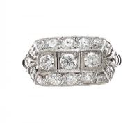 18CT WHITE GOLD ART DECO STYLE DIAMOND RING at Ross's Auctions