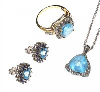 SUITE OF JEWELLERY WITH BLUE TOPAZ at Ross's Jewellery Auctions