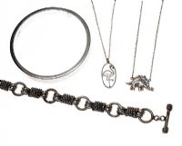 SELECTION OF STERLING SILVER JEWELLERY at Ross's Auctions