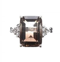 STERLING SILVER RING SET WITH QUARTZ at Ross's Jewellery Auctions