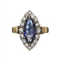 ANTIQUE 18CT GOLD SAPPHIRE AND DIAMOND RING at Ross's Auctions
