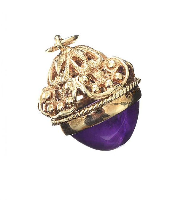 9CT GOLD AMETHYST FOB at Ross's Online Art Auctions