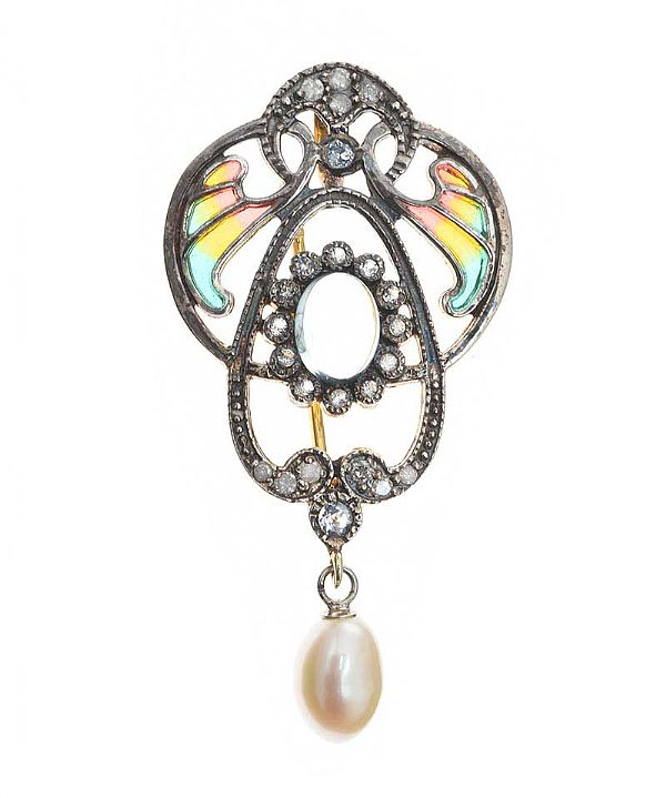 SILVER GILT 'PLIQUE A JOUR' PENDANT/BROOCH WITH DIAMONDS, MOONSTONE AND A PEARL at Ross's Online Art Auctions