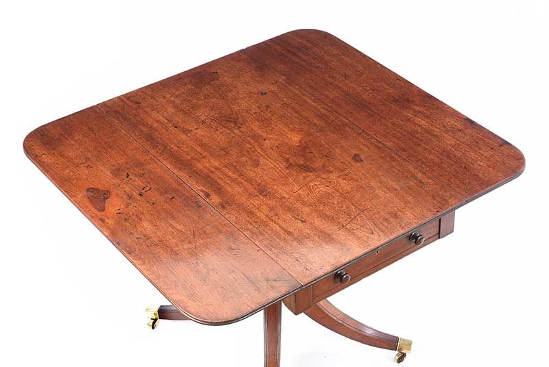GEORGIAN MAHOGANY PEMBROKE TABLE at Ross's Online Art Auctions