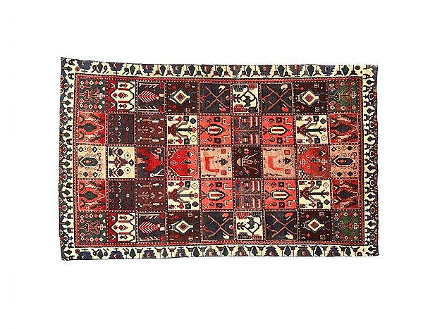 PERSIAN RUG at Ross's Online Art Auctions