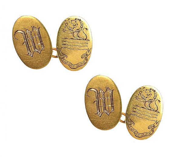 ANTIQUE 9CT GOLD ENGRAVED CUFFLINKS at Ross's Online Art Auctions