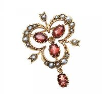 9CT GOLD GARNET AND SEED PEARL BROOCH at Ross's Jewellery Auctions