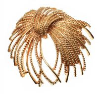 MORET GOLD-TONE BROOCH at Ross's Jewellery Auctions