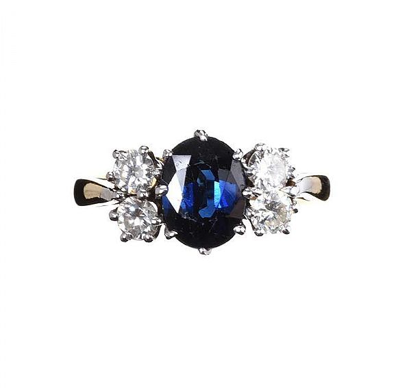 18CT GOLD SAPPHIRE AND DIAMOND RING at Ross's Online Art Auctions