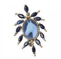 18CT GOLD CAMEO AND SAPPHIRE BROOCH at Ross's Jewellery Auctions