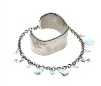 SILVER-TONE BRACELET IN THE STYLE OF TIFFANY & CO. AND A SWAROVSKI NECKLACE at Ross's Jewellery Auctions