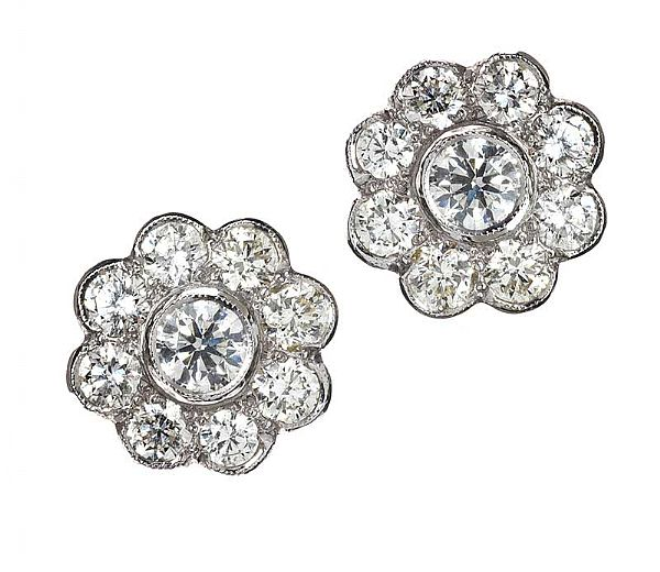 18CT WHITE GOLD FLORAL DIAMOND EARRINGS at Ross's Online Art Auctions