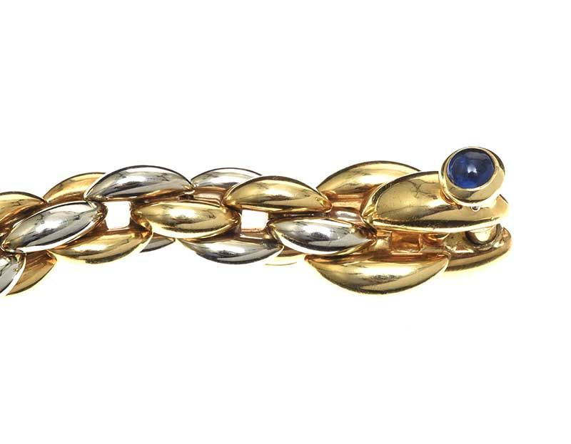 18CT GOLD BRACELET WITH A SAPPHIRE at Ross's Online Art Auctions