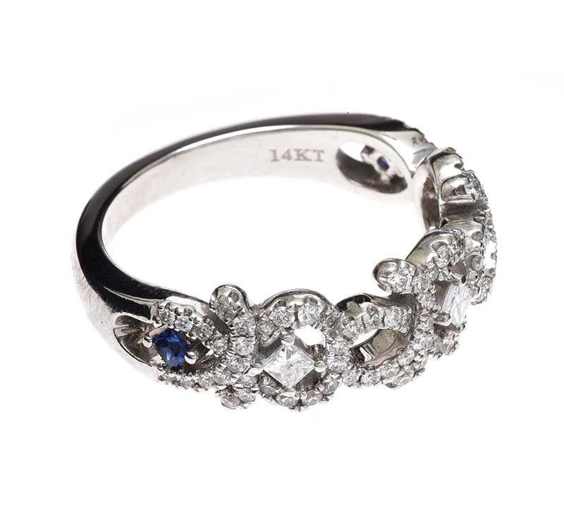 LOVE' BY VERA WANG 14CT WHITE GOLD DIAMOND RING at Ross's Online Art Auctions