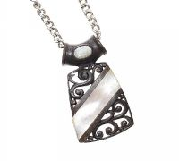 STERLING SILVER CHAIN WITH A FAUX MOTHER OF PEARL PENDANT at Ross's Online Art Auctions