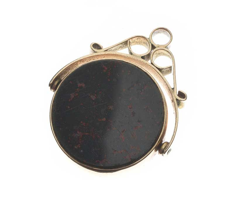 9CT GOLD CARNELIAN AND BLOODSTONE FOB at Ross's Online Art Auctions
