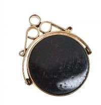 9CT GOLD BLOODSTONE AND CARNELIAN FOB at Ross's Jewellery Auctions