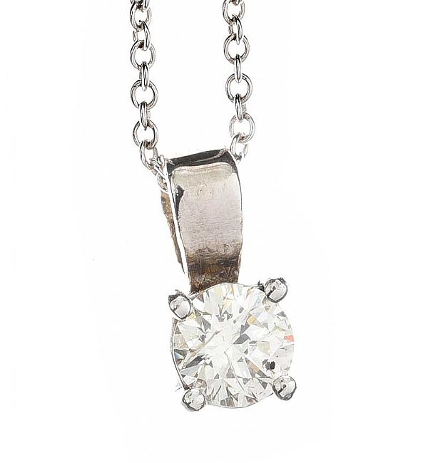 18CT WHITE GOLD DIAMOND SOLITAIRE NECKLACE at Ross's Online Art Auctions