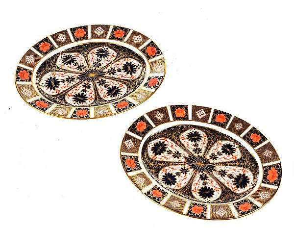 PAIR OF ROYAL CROWN DERBY OVAL PLATTERS at Ross's Online Art Auctions