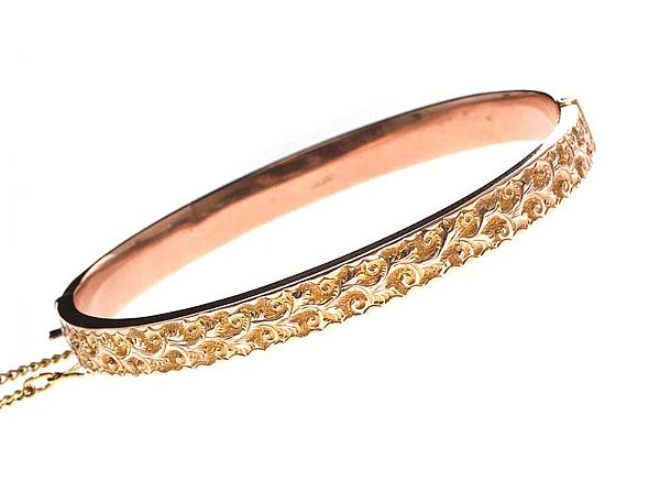 9CT ROSE GOLD BANGLE at Ross's Online Art Auctions