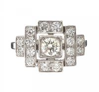 PLATINUM DIAMOND RING at Ross's Auctions