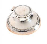 STERLING SILVER INKWELL WITH CONCENTRIC REEDING at Ross's Auctions