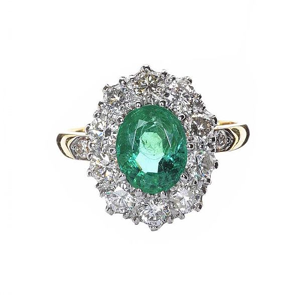 18CT GOLD EMERALD AND DIAMOND CLUSTER RING at Ross's Online Art Auctions