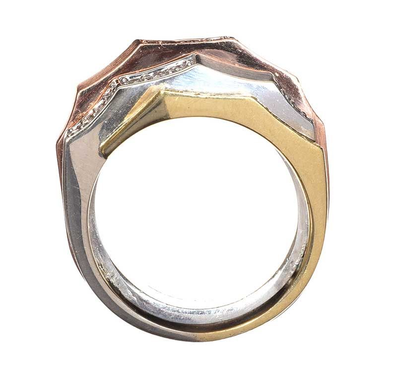 18CT GOLD DIAMOND RING IN THREE TONES OF GOLD at Ross's Online Art Auctions