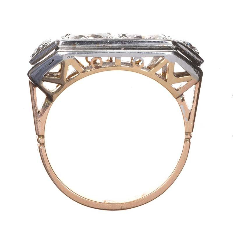 FRENCH ART DECO 18CT WHITE GOLD DIAMOND RING at Ross's Online Art Auctions