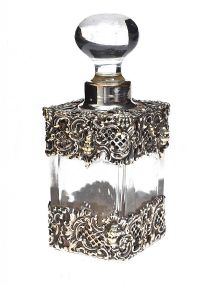 SILVER-MOUNTED GLASS PERFUME BOTTLE at Ross's Jewellery Auctions